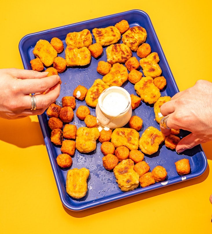 sheetpan with tots and hands